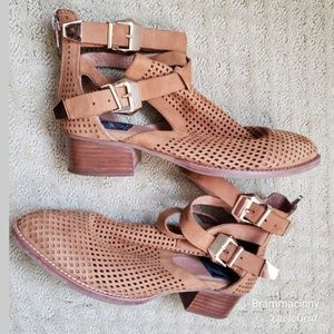 Jeffrey Campbell Vintage Everly Buckle Bootie EUC